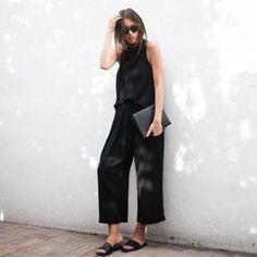 The Ultimate Guide On How To Wear Wide Leg Trousers