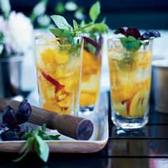This light and refreshing cocktail is as reminiscent of the American South as it is of the South of France.