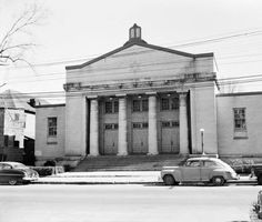 Shearith Israel synagogue. LBT23-133a, Lane Brothers Commercial Photographers Photographic Collection, 1920-1976. Photographic Collection, Special Collections and Archives, Georgia State University Library.