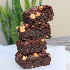 Cafe Style Brownies #Vegan #Paleo | Nourishing Nicola