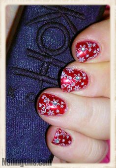 My merry Christmas let it snow nails <3