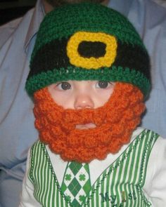 Cute variation on the bobble beard hat! Crochet Beard Hat, Crochet Baby Hats, Knitted Hats, Crochet Beanie, Easy Crochet Projects, Crochet Crafts, St Patricks Day Hat, Irish Hat, Irish Crochet