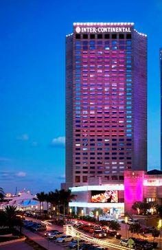 A different kind of donating - Schwartz Media Strategies PR Downtown Miami, Different Kinds, Ballrooms, Business Centre, Skyscraper, The Neighbourhood, Florida, City, Digital