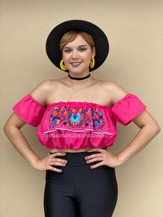 Pink floral embroidery bubble boho crop top, off the shoulder mexican blouse, cinco de mayo outfit, fiesta san antonio, mexican birthday Mexican Blouse, Mexican Outfit, Floral Tunic, Floral Crop Tops, San Antonio, Hippie Baby, Boho Hippie, Rebecca Evans, Mexican Birthday