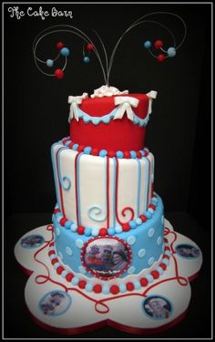 Red, White, and Shades of Blue By Jaime3679 on CakeCentral.com