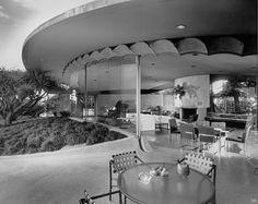 "1956  Reiner-Burchill Residence ""Silvertop""   Architect: John Lautner   Silver Lake, Los Angeles, CA   Photo: Julius Shulman"