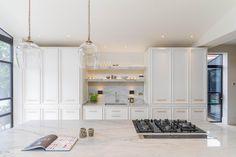 Une maison agrandie dans l'est londonien - PLANETE DECO a homes world Open Plan Kitchen Living Room, Western Decor, House Design, Furniture, Home Decor, 1930s Semi, Argentine, Interior Ideas, Houses