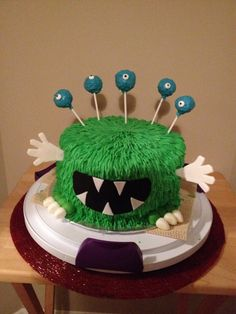 Monster cake for 2 year old birthday boy inspired by http://m.youtube.com/watch?v=XqOb7IUd0XM