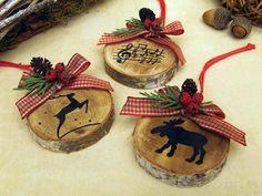 kreatív karácsonyi ötlet karácsonyfadísz faszeletekből