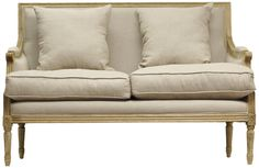 The Settee Sofa: A Great Solution for Furnishing a Small Space