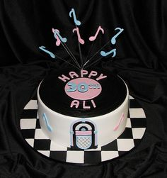 50's Rock n Roll Record Cake by ClaresCakes, (just a photo)