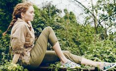 Supermodel Lily Cole Collaborate on Rainforest Friendly Sneakers Lily Cole, Green Fashion, Fashion Days, Fashion Models, Baskets, Brazil Fashion, Outdoor Shoot, Made In France, Spring