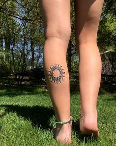hippie tattoo 395190936047416638 - Sun tattoo Source by Sunset Tattoos, Bff Tattoos, Dope Tattoos, Pretty Tattoos, Mini Tattoos, Body Art Tattoos, Tatoos, Sun Tattoo Small, Small Tattoos