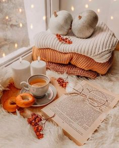 Enjoy this autumn coffee animation I made ? Enjoy this autumn coffee animation I made ? Autumn Coffee, Autumn Cozy, Autumn Fall, Fall Harvest, Autumn Diys, Cosy Winter, Autumn Leaves, Fall Bedroom, Autumn Aesthetic