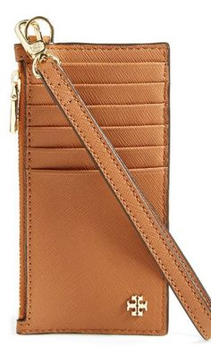 Tory Burch card case http://rstyle.me/n/wfwk2pdpe Perfect for throwing in the diaper bag!!!