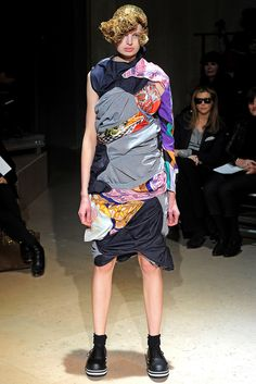 Comme des Garçons | Fall 2011 Ready-to-Wear Collection | Style.com