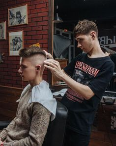 Male Haircuts, Great Haircuts, Gents Hair Style, Bowl Cut, Mens Hair, Undercut, Barbershop, Hot Guys, Hair Cuts