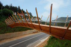 Puente peatonal en Zapallar / Enrique Browne #architecture