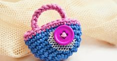 Lana creations: Crochet Brooch Free Pattern Little Bag