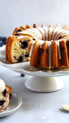 Blueberry lemon bundt cake is a classic bundt cake recipe! Bursting with blueberries and drizzled with glaze, you'll love this easy blueberry bundt cake. Lemon Blueberry Bundt Cake, Blueberry Recipes, Baking Recipes, Dessert Recipes, Healthy Recipes, Summer Cakes, Cupcake Cakes, Bundt Cakes, Cupcakes