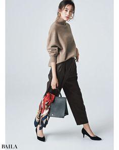 【ニット&パンツコーデまとめ】ほそ見え&こなれ感がかなうコーデ大特集 @BAILA おしゃれ感度の高い30代に向けてファッション、ビューティ、ライフスタイル、結婚、恋愛等のリアルを届けるサイト 60 Fashion, Winter Fashion Outfits, Office Fashion, I Love Fashion, Autumn Winter Fashion, Fashion Models, Fall Outfits, Womens Fashion, Comfortable Outfits