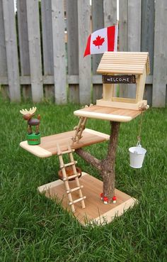 toy treehouse http://www.northstory.ca/dollhouse-no-way-build-your-kids-a-toy-treehouse/ Perfect for those Calico Critters!:
