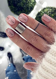 99 Beautiful Nail Art Design Ideas To Try In Summer Chic Nails, Stylish Nails, Fun Nails, Glam Nails, Cute Acrylic Nails, Acrylic Nail Designs, Modern Nails, French Tip Nails, Colored French Nails
