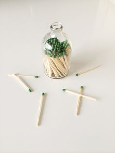 I am so going to do this! // Make It: DIY Matchstick Holder - Design Crush Diy Craft Projects, Diy Arts And Crafts, Craft Ideas, Diy Bottle, Glass Bottle, Diy Design, Candle Store, Do It Yourself Home, Making Ideas