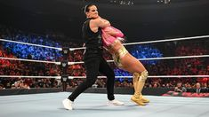 The must-see images of Raw, Sept. 27, 2021: photos Shayna Baszler, Steel Cage, Sheamus, Wwe Champions, Raw Women's Champion, Eva Marie, Charlotte Flair, See Images, Superstar
