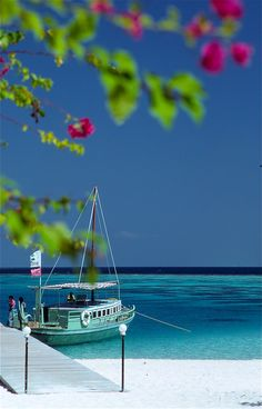 Ihuru, Maldives