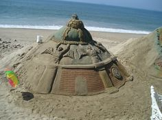 Some sand art photos from Puerto Vallarta I've found online. More on the malecon: http://www.puertovallarta.net/what_to_do/index.php #vallarta #puertovallarta #mexico #sandart