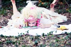 """SITE SPECIFIC PERFORMANCE (from New Orleans Fringe):    """"Lovely Picnic""""  Starring - Liza Rose  www.facebook.com/lizaroseaerial"""