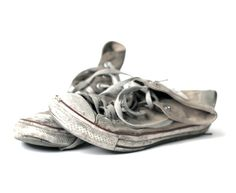 *definitely the time to wear converse all star is when you'd consider throwing them away ( i can be such a snob)