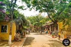 Vietnam: Hoi An Travel Tips - www.helloworldtrip.com