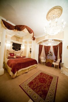 The Palace Suite - Fifth South - Salt Lake's Most Romantic Getaway - The Anniversary Inn