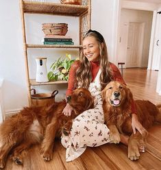 Kristin Johns, Best Actor, All About Fashion, Pretty Cool, Dog Mom, Fall Outfits, Winter Fashion, Photo And Video, Pets