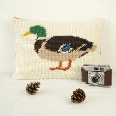 Crochet Pattern Duck Mallard Intarsia Modern Cushion Pillow by Little Doolally over on Etsy