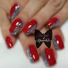 Basic french tips with accent nail of this new year's nails, xmas nails, red French Manicure Gel Nails, Manicure Colors, French Manicure Designs, Fall Nail Colors, French Nails, Xmas Nails, New Year's Nails, Red Nails, Accent Nail Designs