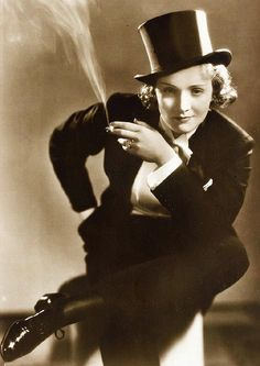 marlena dietrich tuxedo | Erotic ... Marlene Dietrich donned a tuxedo for her starring role in ...