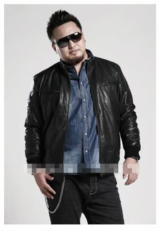 Outfits for an Overweight guy to look smart..! It is a fact that every men do not born handsome in this universe but keeping yourself well groom and smart is in your hand. So today we will talk on outfits for an overweight guy to look smart and handsome. Follow them and prosper in your social as well as professional life. http://menfash.com/fashion-for-men/outfits-for-an-overweight-guy