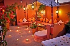 Riad Ain Marrakech, Galerie Photos 2 - Terrasse, Riad Marrakech: Location de Riad et villa Marrakech, Riads Marrakech. Moroccan Tent, Moroccan Garden, Moroccan Decor, Rooftop Terrace Design, Terrace Ideas, Rooftop Gardens, Riad Marrakech, Terrasse Design, Moroccan Interiors