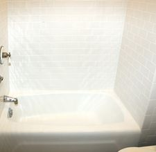 Remove soap scum from tile and glass: spray with vinegar, wait five minutes, wipe off with dryer sheet. I can do that!