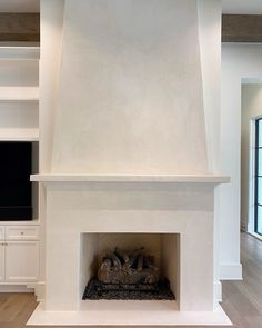 """Segreto Finishes on Instagram: """"SegretoStone fireplace install complete! Can't wait to see what art piece designer, Elizabeth Garrett, has selected for above! . . .…"""" Fireplace Wall, Fireplace Mantels, Home Renovation, Room Inspiration, Family Room, Art Pieces, It Is Finished, Canning, Contemporary"""