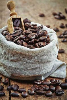 Uma bolsinha de puro prazer 😍  #perfectcupch #coffee #cafe #wholebeans