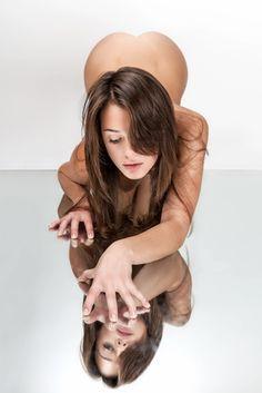 COME FARE SESSO ANALE LA PRIMA VOLTA. Ne hai sentito parlare, lo hai visto in tanti video erotici e ora hai voglia di praticarlo anche tu. Di solito ci si pone delle domande: devo avere qualche accortezza particolare per fare sesso anale? Il sesso anale fa male la prima volta? Ci sono delle cose che devi assolutamente sapere! #ComeFareSessoAnale #PrimaVoltaAnale