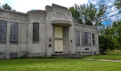 Abandoned Art Deco School in Norcross, Minnesota