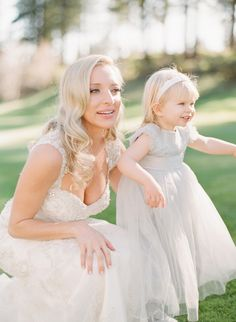 Adorable flower girl moment: Photography : Lynette Boyle Photography Read More on SMP: http://www.stylemepretty.com/nevada-weddings/incline-village-nevada/2016/07/21/her-father-wasnt-able-to-walk-her-down-the-aisle-but-see-how-he-gave-her-away/