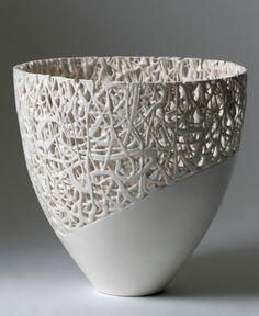 Timea Sido Contemporary Ceramics i like the contrast here. i seen some similar work in Mostyn art gallery Llandudno Pottery Bowls, Ceramic Pottery, Pottery Art, Decorative Objects, Decorative Bowls, Keramik Design, Clay Bowl, Keramik Vase, Pottery Classes