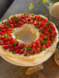 Pavlova, Christmas And New Year, Pie, Sweets, Cookies, Baking, Desserts, Food, Torte
