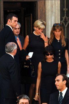22/7/1997 Milan. Funeral Versace in Duomo